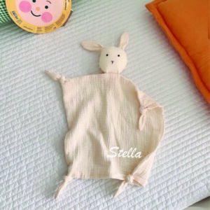 personalizirana ninica, ninica z imenom, ninica zajček, tetra ninica, darilo za dojenčka, personalizirano darilo za dojenčka, telegram, darilo ob rojstvu