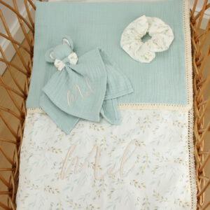 Personalizirana odejica, personalizirana ninica, scrunchie. darilo ob rojstvu, telegram, telegram ob rojstvu, odejica z imenom, ninica z imenom